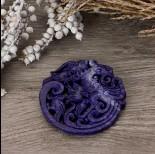 Zdjęcie - Antyczna rzeźbiona zawieszka z jadeitu fioletowa 65-75mm