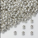 Zdjęcie - Drobny koralik w srebrnym kolorze 4mm