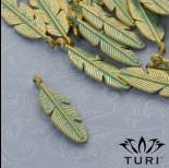 Zdjęcie - Zawieszka piórko patyna w kolorze złotym 29.5x9 mm
