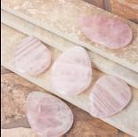 Zdjęcie - Kryształ górski zawieszka owal różowa 62x46mm