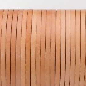 Zdjęcie - Rzemień naturalny płaski lakierowany 3x2mm beżowy