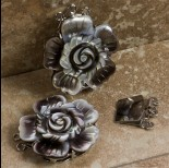 Zdjęcie - Zapięcie z masy perłowej kwiat dwukolorowy 32mm