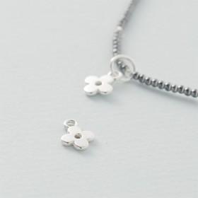 Zdjęcie - Srebrna zawieszka kwiatek, próba Ag925 9mm