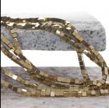 Zdjęcie - Hematyt kostka platerowana koloru złotego 3x3mm