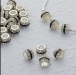 Zdjęcie - Koralik w srebrnym kolorze z kryształkami i czarnym paskiem 5mm